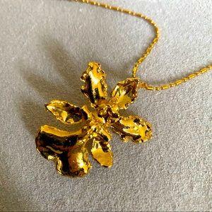 Vintage Gold Pendant Necklace & Brooch